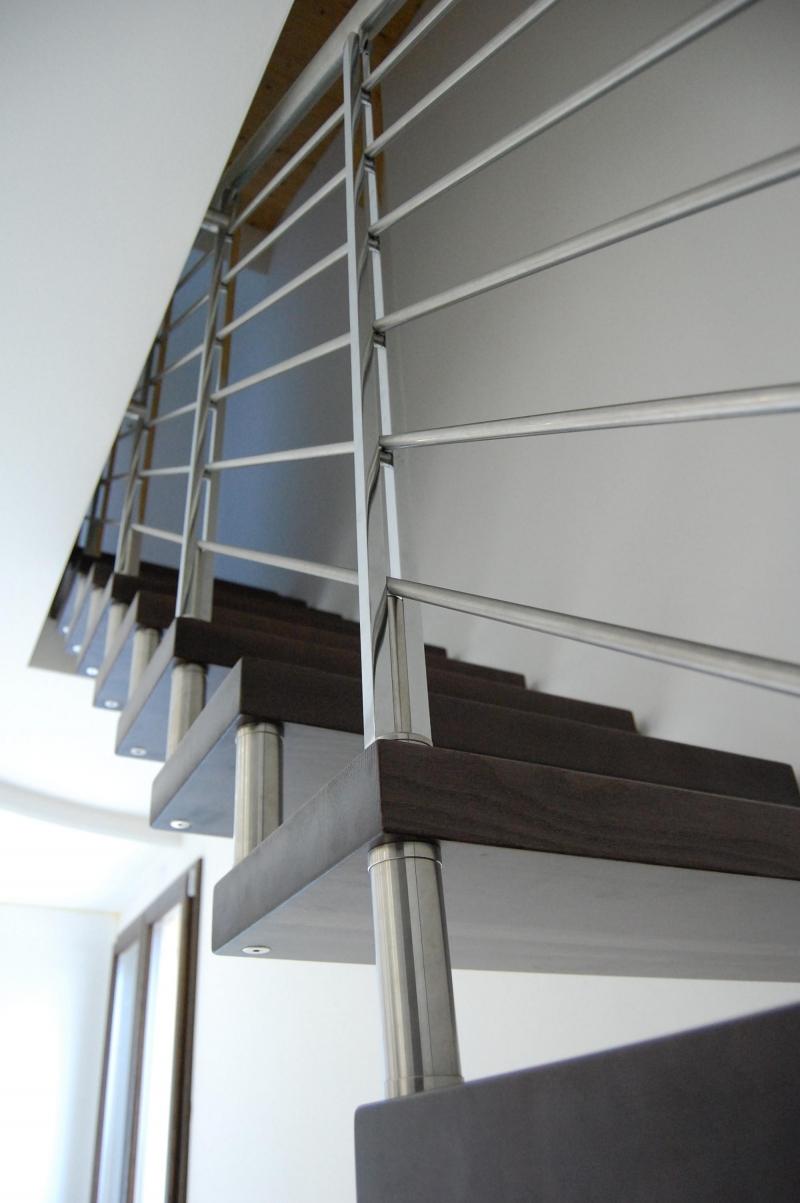 Scale interne in ferro e legno qb85 regardsdefemmes - Scale x interni prezzi ...